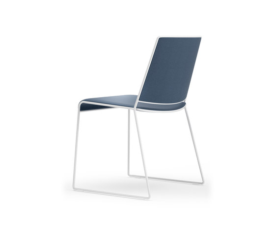 Finn Chair by ICF | Chairs