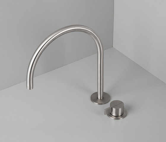 PB SET12 | Deck mounted basin mixer with swivel spout by COCOON | Wash basin taps