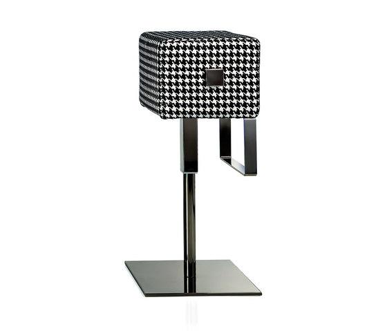 Cube Barhocker von ALMA Design   Barhocker