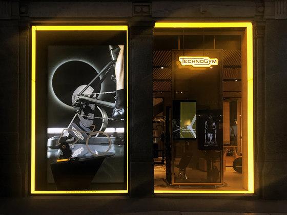 Diseño de espacios de Dresswall | Terminales de información