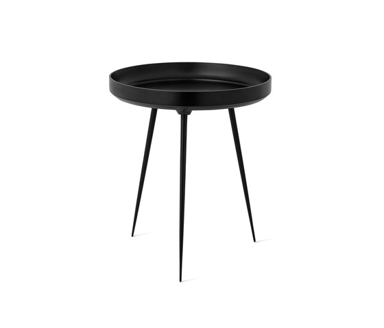 Bowl Table - Partly Recycled Aluminium - Black von Mater | Beistelltische
