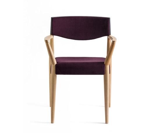 Virna Armchair de ALMA Design   Sillas