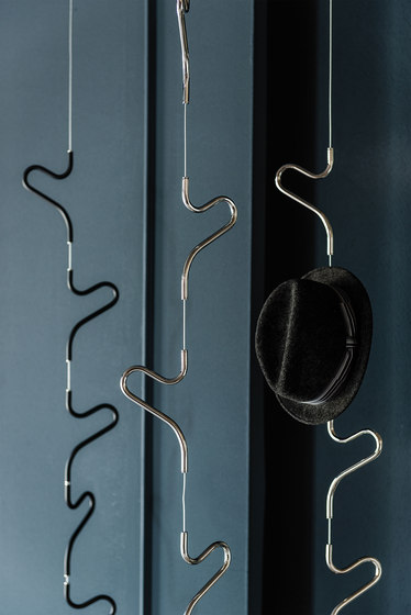Air by Cattelan Italia | Coat racks