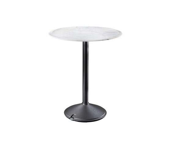 Brut by Magis | Bistro tables