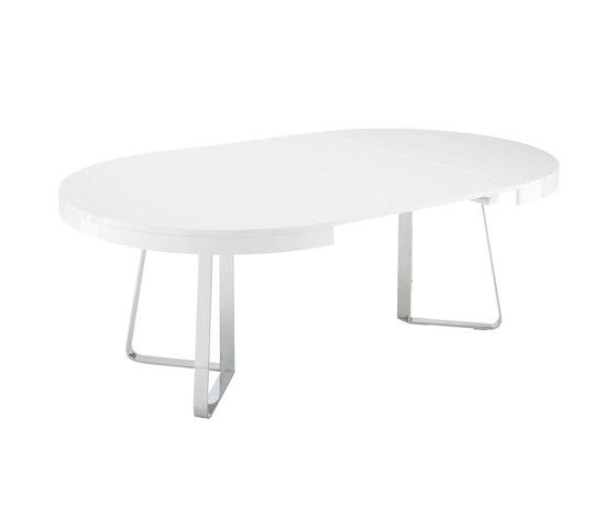 Ava   Table De Repas Plateau Laque Blanc Brillant + 1 Allonge Assortie Pietement Chromé Brillant de Ligne Roset   Tables de repas
