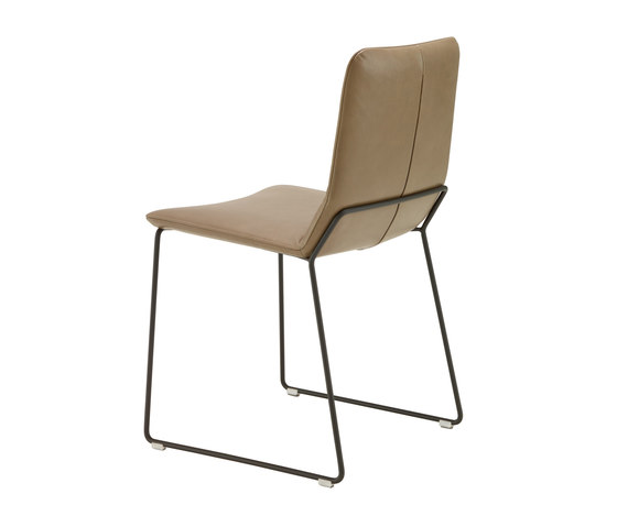 Bendchair | Silla Patas Trineo Color Negro de Ligne Roset | Sillas