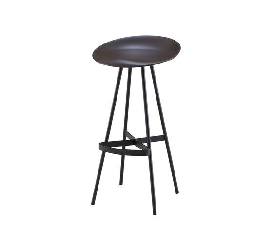 Berretto | High Stool Chocolat by Ligne Roset | Bar stools