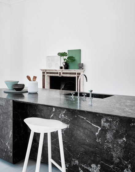N_Elle | Unexpected Contrasts by Cesar | Fitted kitchens