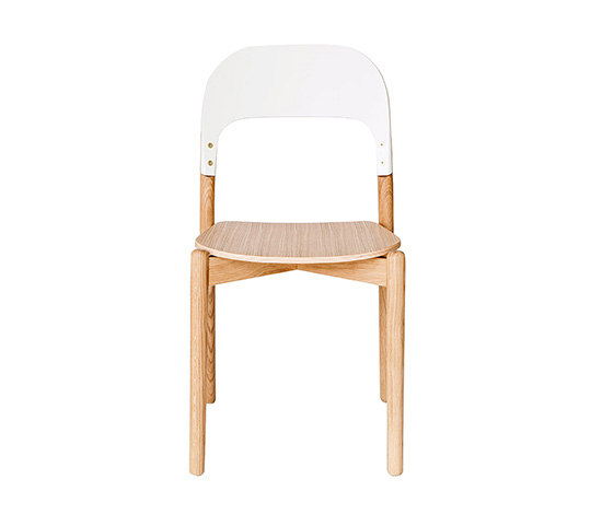 Chair Paula, natural oak and white backrest von Hartô | Stühle
