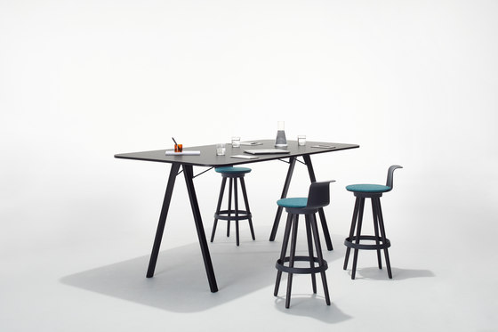 Delta High by Bene by Bene | Standing tables