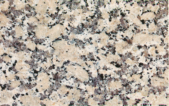 Crema Julia di LEVANTINA | Lastre pietra naturale