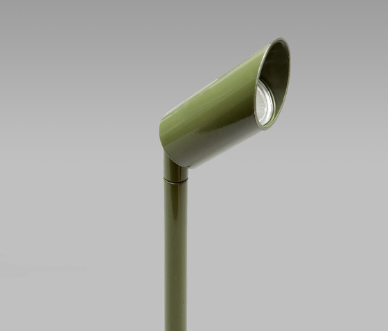 Kensington Olive Green 2700K di John Cullen Lighting | Lampade outdoor incasso pavimento