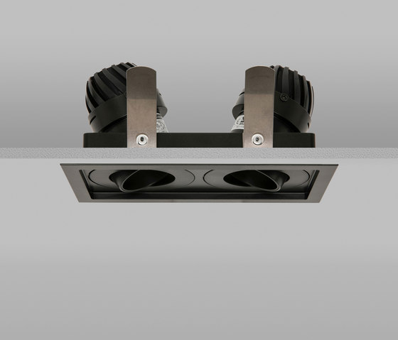 Square Double Trim 50 Black Medium 2700K von John Cullen Lighting | Deckeneinbauleuchten