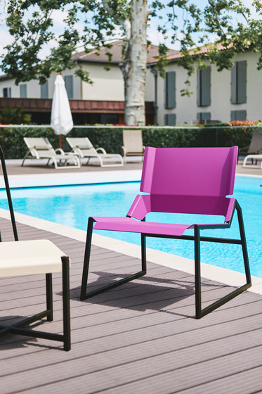 Pleats Metal Chair by TF URBAN   Chairs