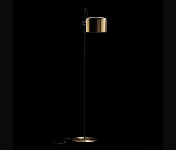 Coupè | 3321 by Oluce | Free-standing lights