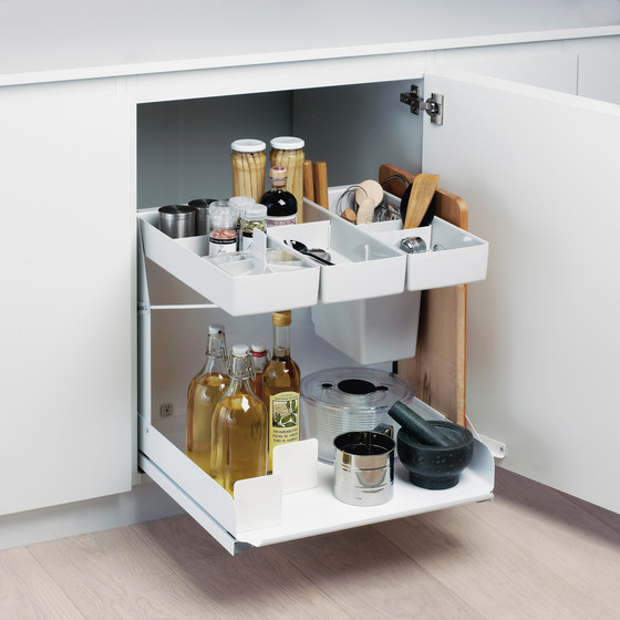 Kitchen Tower Base Unit Pull-out by peka-system | Kitchen organization