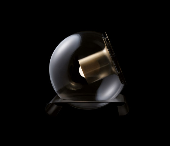 The Globe | 228 by Oluce | Table lights
