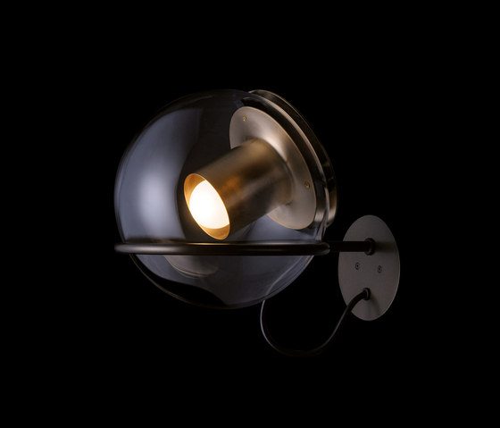 The Globe | 727 by Oluce | Wall lights