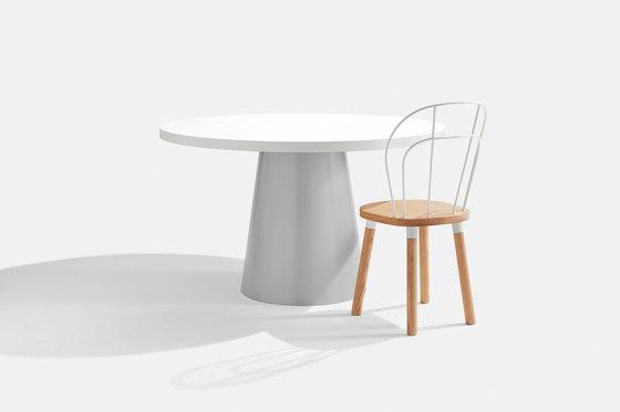 Dial Table - Cone Base de DesignByThem | Mesas comedor