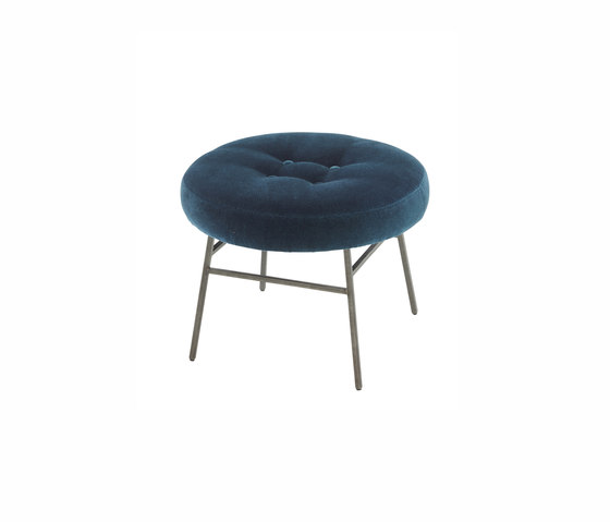 Ilot | Low Stool Cloud Marine by Ligne Roset | Poufs