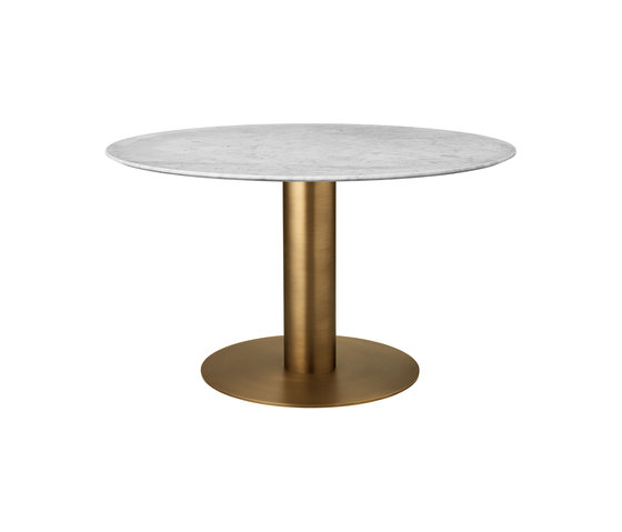 GUBI 2.0 Dining Table - Round by GUBI | Dining tables