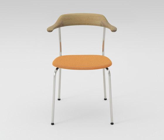 Hiroshima Arm chair stackable (Cushioned) di MARUNI | Sedie
