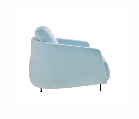 Okura | Armchair Low Back by Ligne Roset | Armchairs