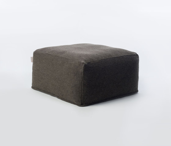 Accessories | Site Soft Moss Outdoor pouf by Warli | Poufs