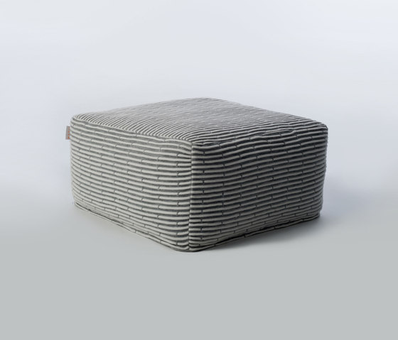 Accessories | Site Soft Sticks Outdoor pouf von Warli | Poufs / Polsterhocker