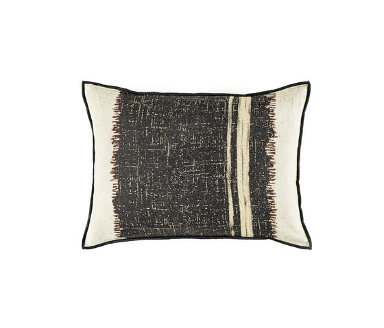 Tango CO 155 87 02 by Elitis | Cushions