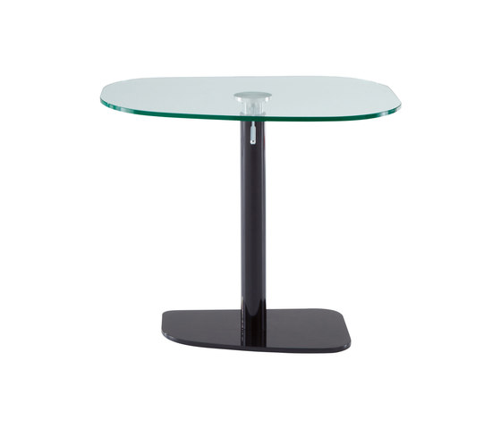 Piazza | Table Black Lacquered Base Clear Glass Top by Ligne Roset | Dining tables
