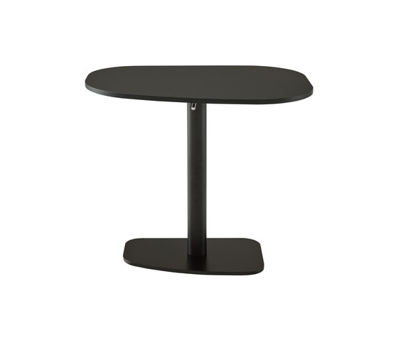 Piazza | Table Black Lacquered Base Top In Black Fenix Laminate by Ligne Roset | Dining tables