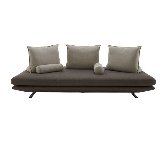 Prado | Sofa 3 Plazas Profundidad 120 Articulo Completo de Ligne Roset | Sofás