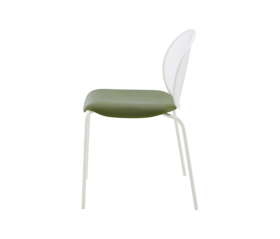 Unbeaumatin | Chair Indoor White Lacquered Base by Ligne Roset | Chairs