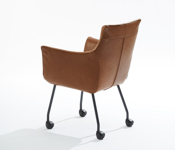 Chief Low by Label van den Berg | Chairs