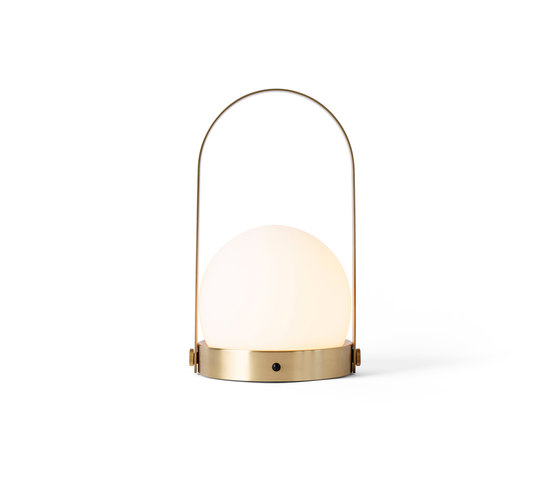 Carrie LED Lamp | Brushed Brass di MENU | Lampade tavolo