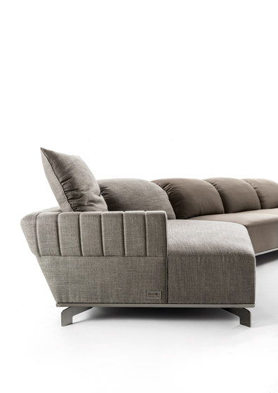 Sheffield by Longhi S.p.a. | Sofas