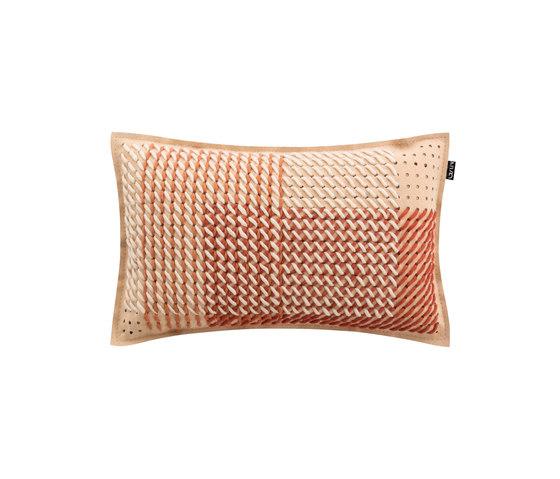 Canevas Geo Cushion Coral by GAN | Cushions