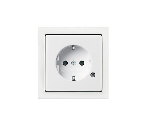 SCHUKO® socket outlet with control light di Busch-Jaeger | Prese Schuko