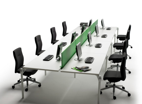 Layer Operative Desking System di Guialmi | Tavoli contract