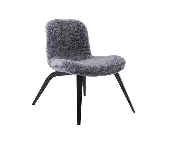 Goose Lounge Chair, Black / Sheepskin: Graphite von NORR11 | Sessel