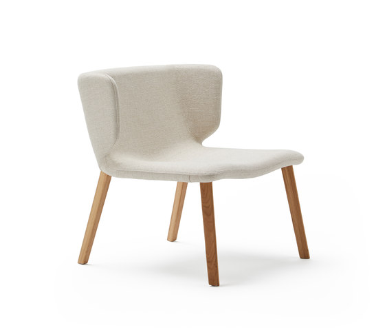 Wrapp Wooden Base by viccarbe | Armchairs