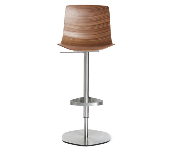Loku Piston Stool di Design Within Reach | Sgabelli bancone