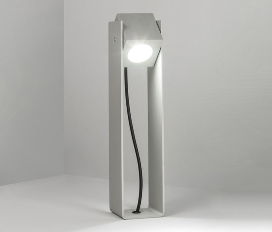 Tower 40cm 40° natural by Dexter | Outdoor wall lights