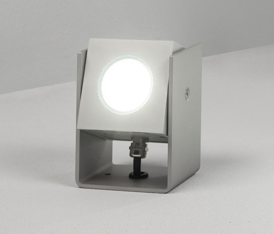 Tower 12cm 40° natural by Dexter | Outdoor wall lights