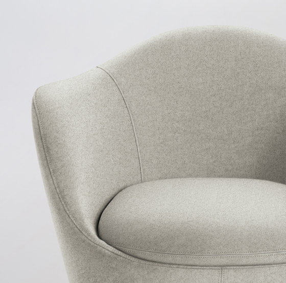 Lína Swivel Chair de Design Within Reach | Fauteuils