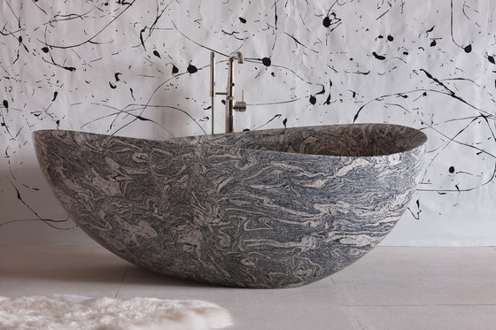 Papillon Bathtub, Cumulo Granite by Stone Forest   Bathtubs