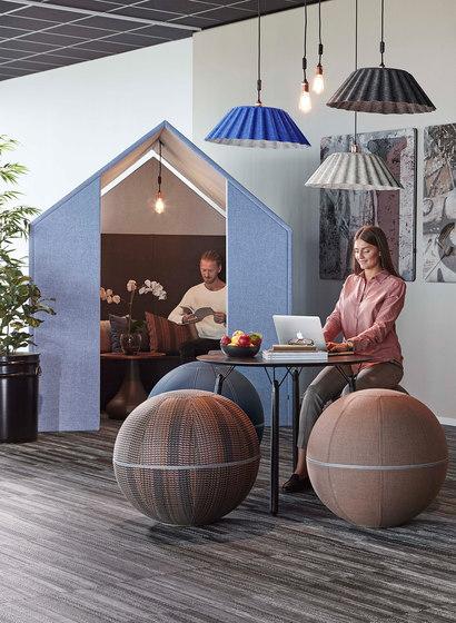 The Hut Avec Écrans Avant de Götessons   Box de bureau