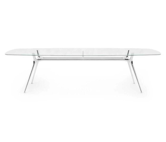 P016 | Meeting Table by Estel Group | Contract tables