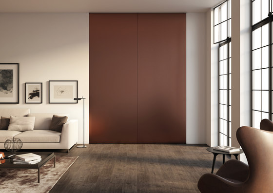 Brezza | Filo 10 Vertical Pivot door by Linvisibile | Internal doors